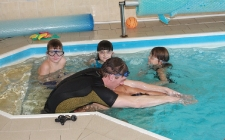 Plavecké soustředění dětí od 6 měsíců do 12 let Hotel Peklo